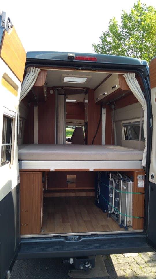 wohnmobil globecar campground r evolution in bad. Black Bedroom Furniture Sets. Home Design Ideas