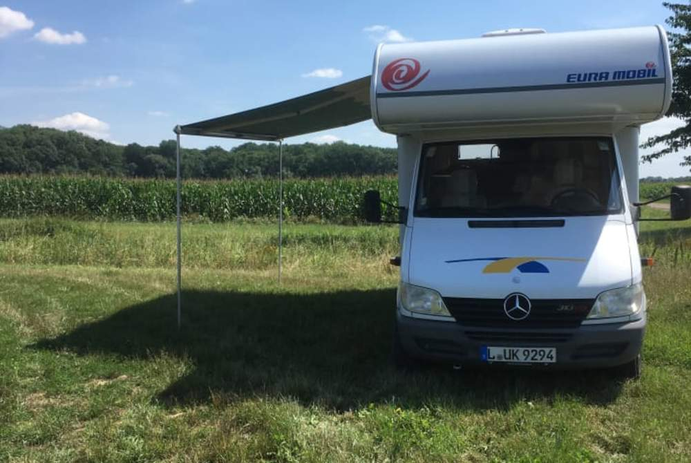 Wohnmobil mieten in Markranstädt von privat | Mercedes Benz  Lotte
