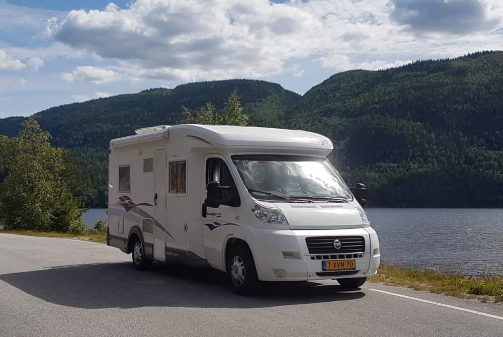 Wohnmobil mieten in Noorden von privat | Challenger Just do it!