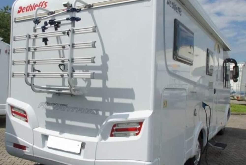 Wohnmobil hanse camper in friedeburg mieten for Wohnmobil aussendesign