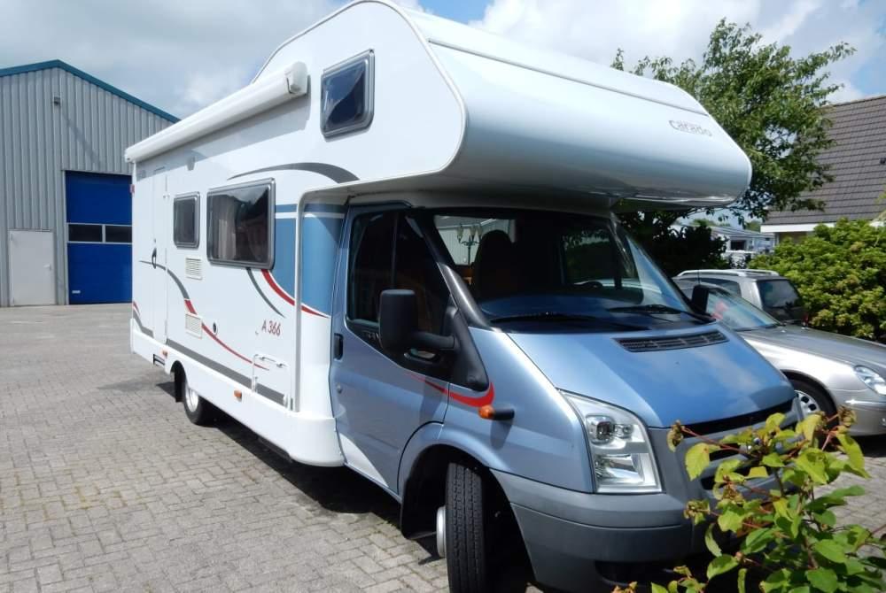 Wohnmobil mieten in Dronryp von privat | Ford Capron