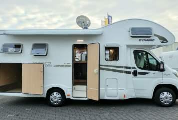 Wohnmobil mieten in Moers von privat | XGO mywomo-XL