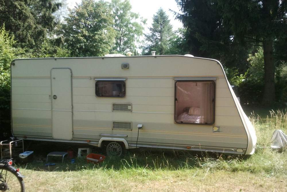 wohnwagen tec king 440t in mainz mieten. Black Bedroom Furniture Sets. Home Design Ideas
