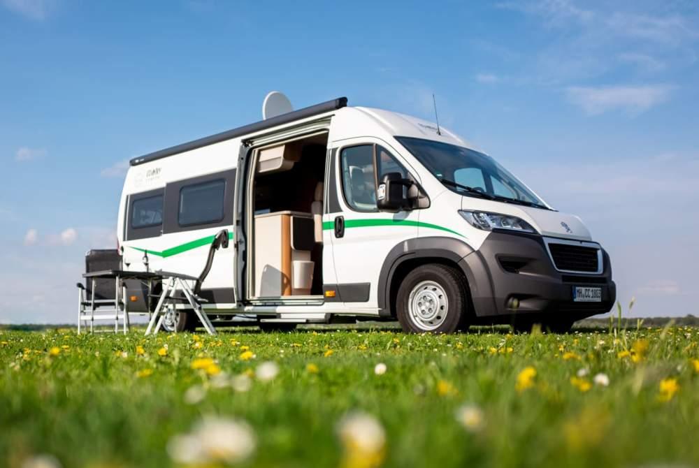 Wohnmobil mieten in Oberhausen von privat | VanTourer Country Camper