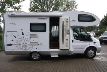 Wohnmobil mieten in Weingarten (Baden) von privat | Ford Hobby H2 Alkoven
