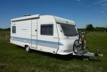 Wohnmobil mieten in Werder (Havel) von privat | Hobby  Travel Johny