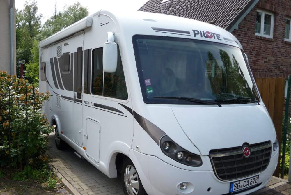 Wohnmobil mieten in Solingen von privat | Pilote  (auf Fiat Ducato Basis ) Harry Sol
