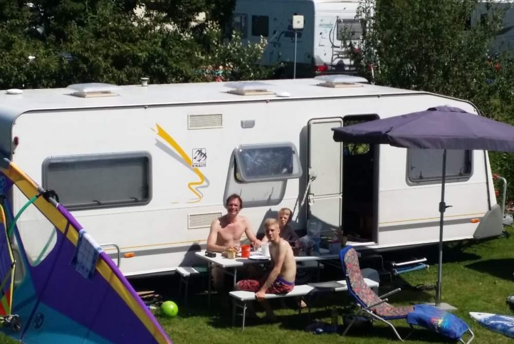 Wohnmobil mieten in Grefrath von privat | Knaus Wohlfühl-Raumgleiter für 4+ Personen