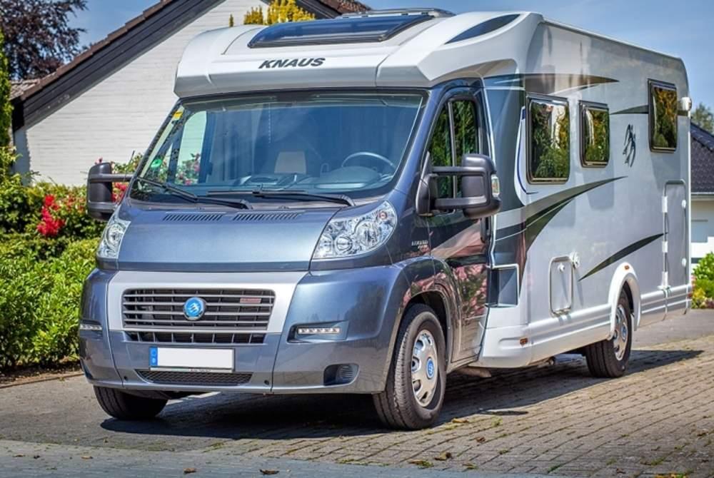 Knaus Sky TI Wohnmobil in Oldenburg mieten von privat inkl. Versicherung